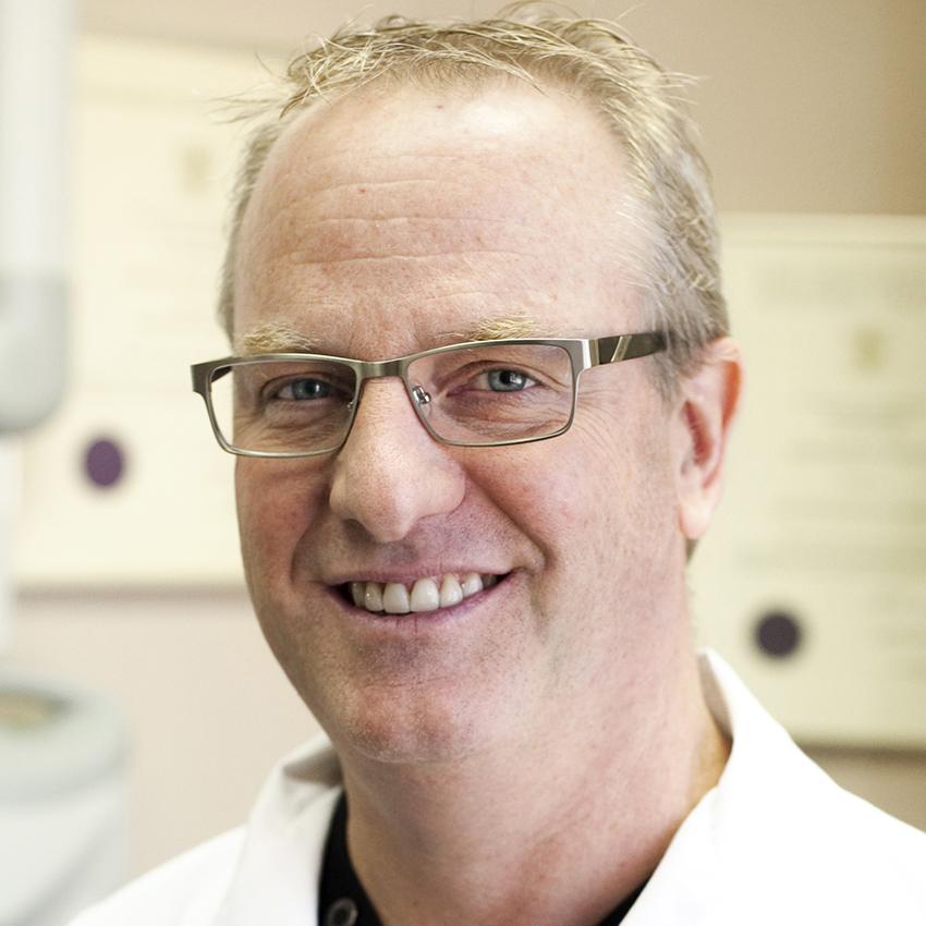 Dr. Chris Mardling